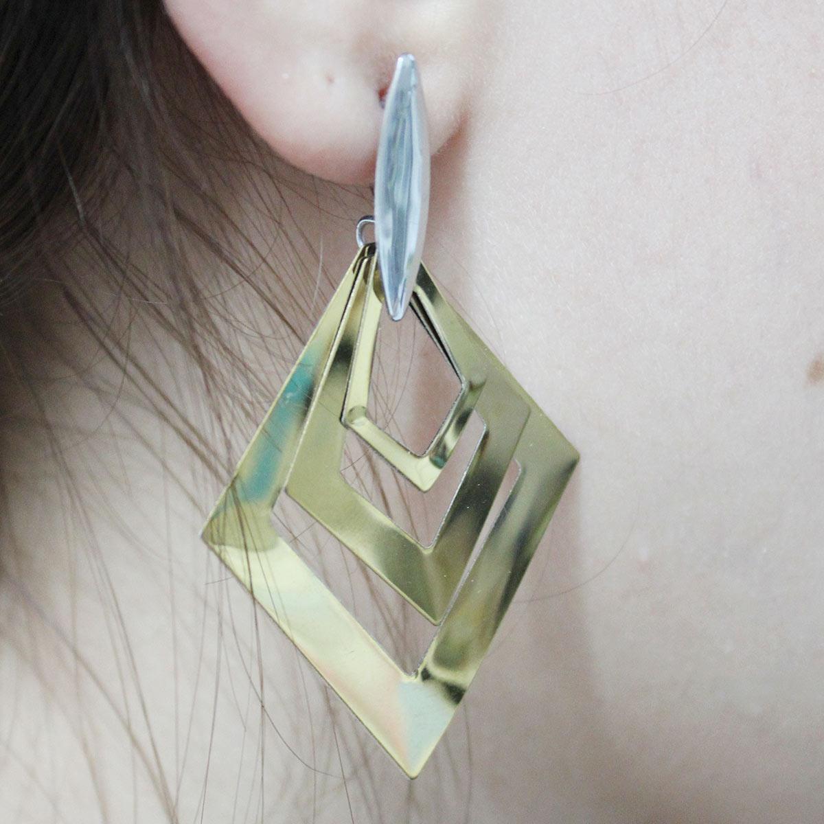 Brinco Losangos Elegante- Prateado e Dourado